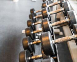 pesas-deportes-imagen-filtrada-procesada-efecto-vendimia_1232-3417